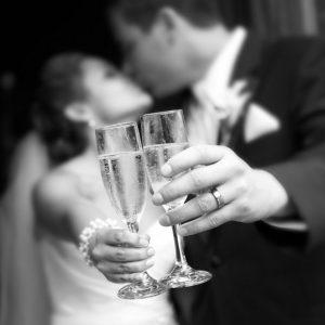 Verre à vin et flûte à champagne